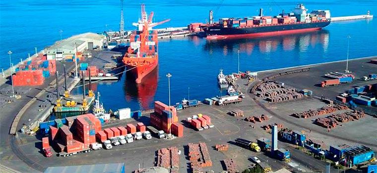 El Puerto de Antofagasta propone beneficiarse de la energía marina