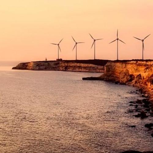 Europa reduce los costes de la eólica marina